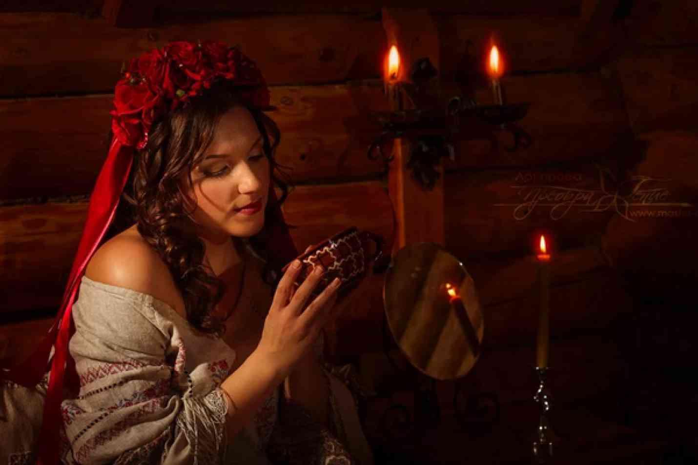 Гадание на зеркале и свечах на суженого ? гадания на рождество