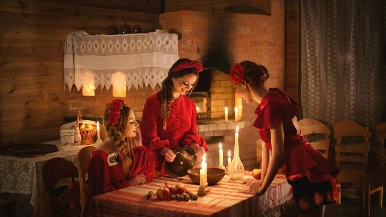 ???? святочные гадания на руси, история и традиции гаданий: как наши предки узнавали будущее