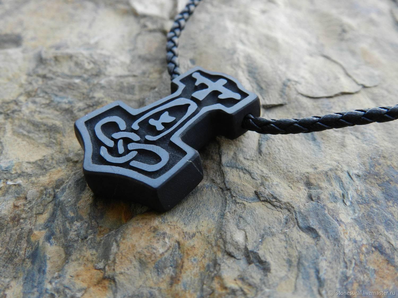 Амулет молот тора (мьельнир): значение, фото, тату с изображением символа