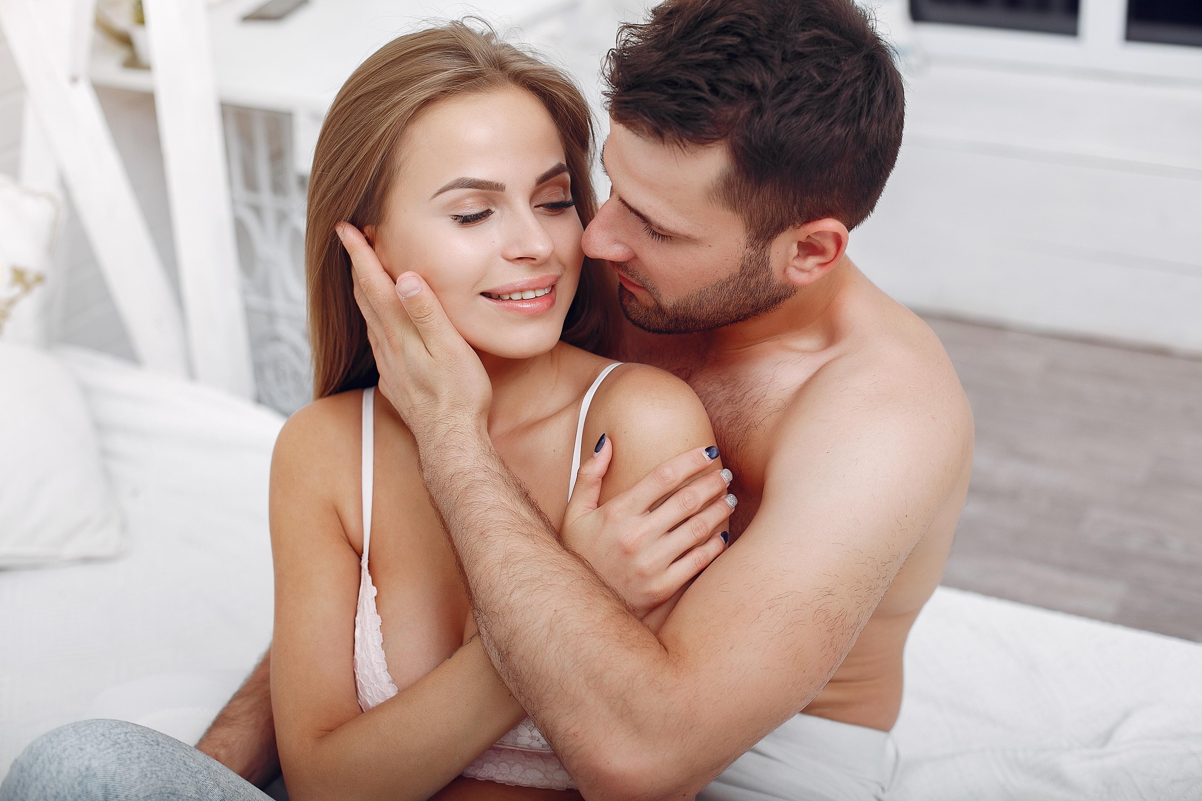 Порно-гороскоп: эротические сцены из кино по знакам зодиака