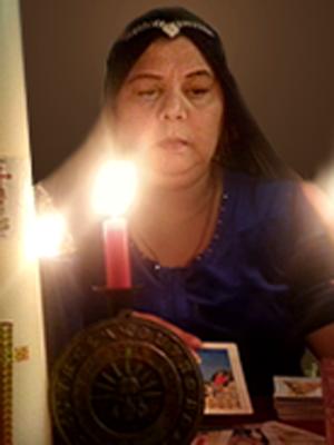 Марина Гречишникова — цыганская ведьма, медиум, экстрасенс