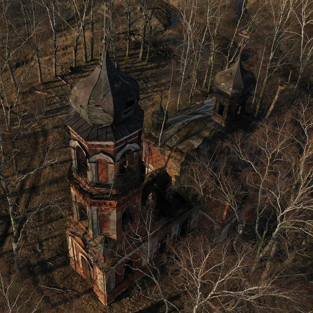 Обитатель подвала под церковью! » страшные истории