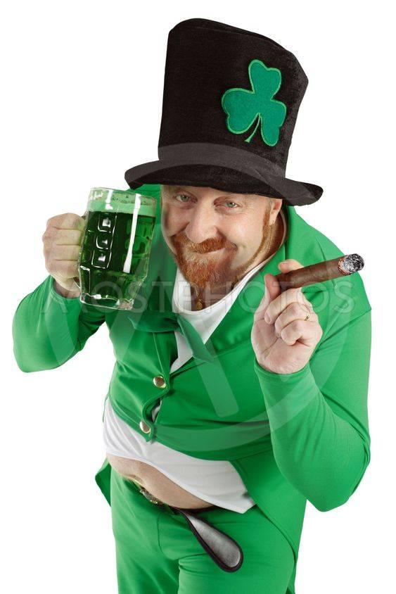 Зеленый лепрекон. лепрекон – ирландский волшебник исполняющий желания, настоящий зеленый человечек: фото, картинки, видео