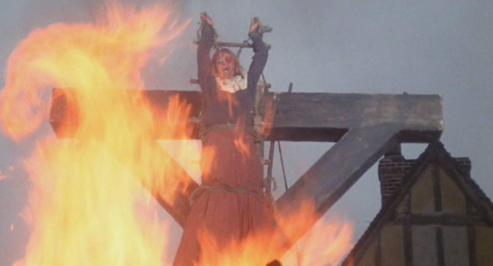 5 страшных случаев сожжения ведьм в истории (7 фото)