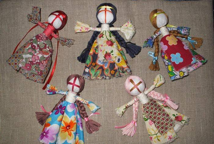 Кукла десятиручка – незаменимая помощница хозяйки