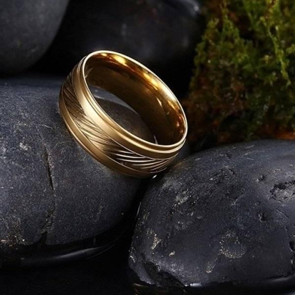 Найти кольцо в море примета