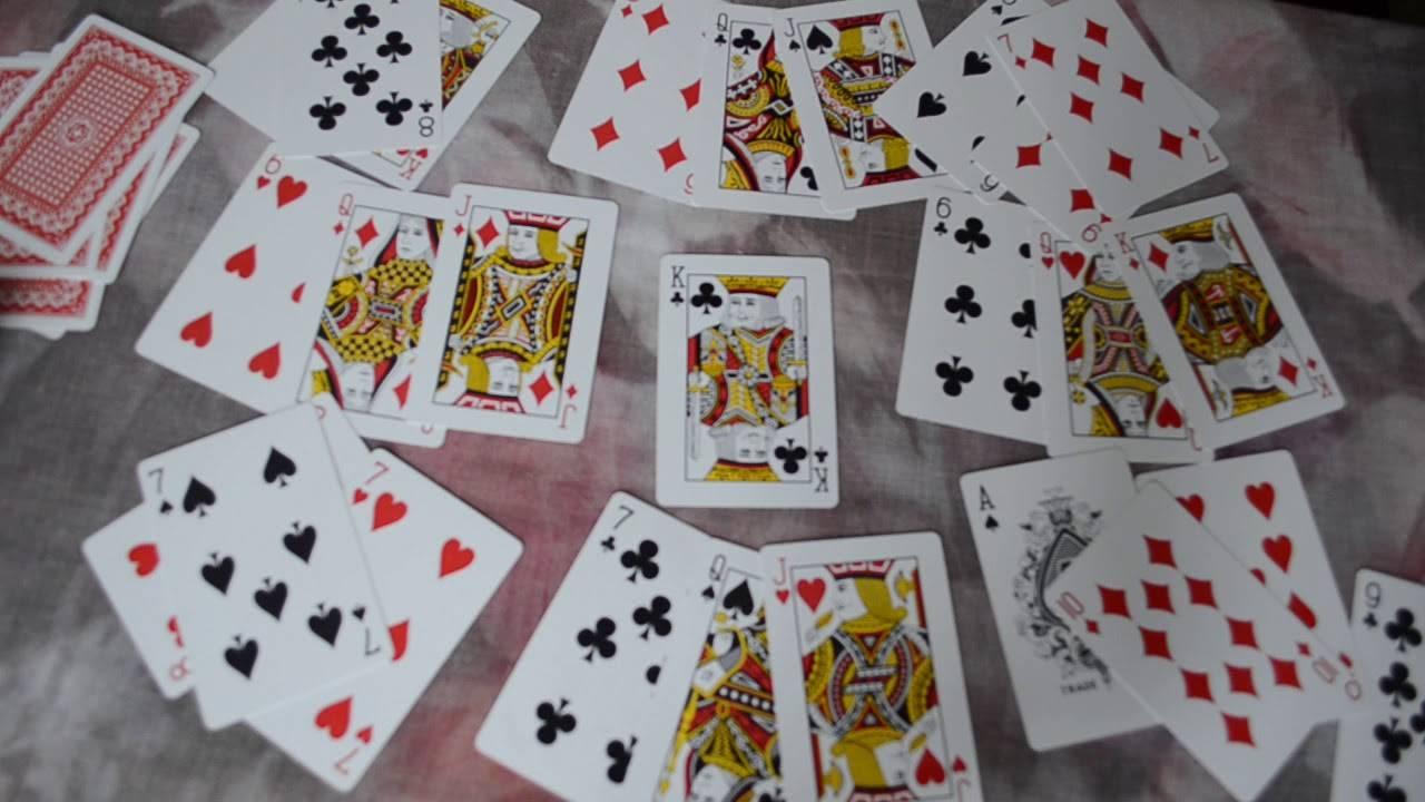 Гадание на игральных картах на будущее и любовь