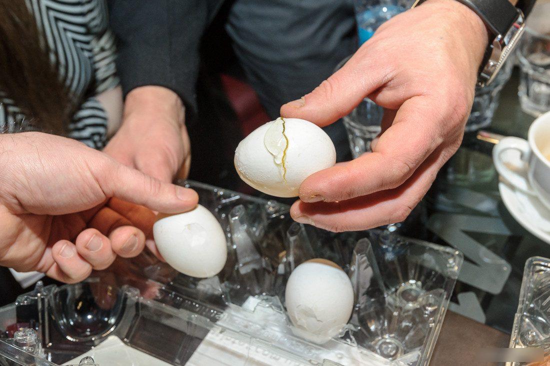 Как гадать гадание на яйце и воде – правила гадания, расшифровка результатов