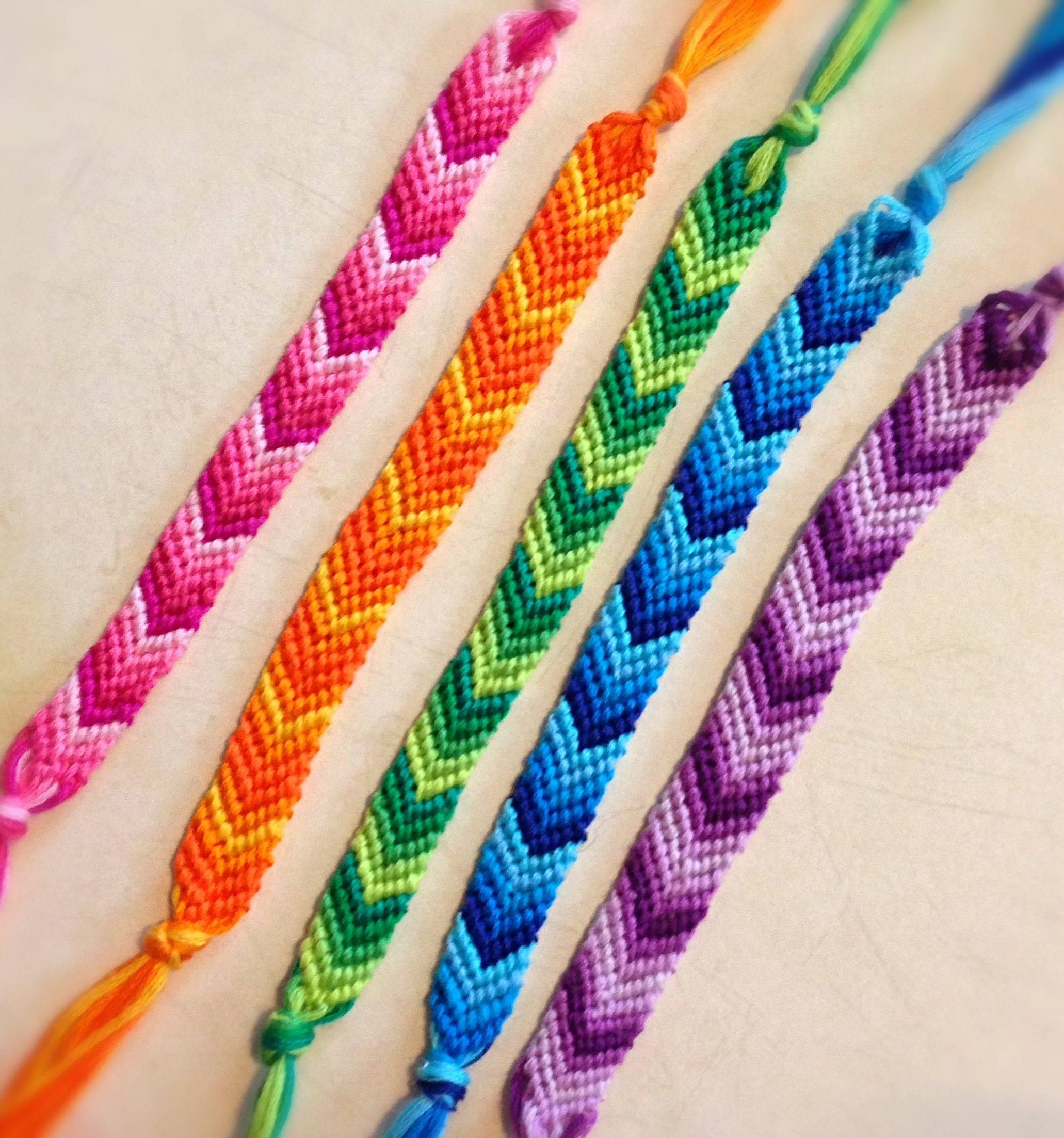 Браслеты из мулине: различные методы плетения по схемам для начинающих