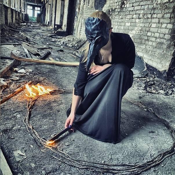 Личная жизнь ведьмы алисы сурововой и слухи о романе с ди каприо