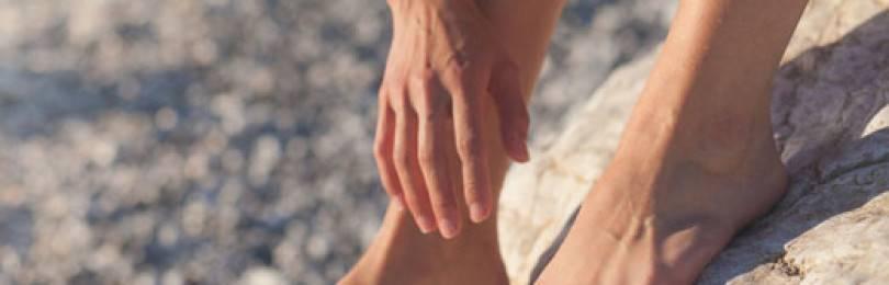 Бедре и других местах ноги: магические приметы, родинка на стопе - все о суставах