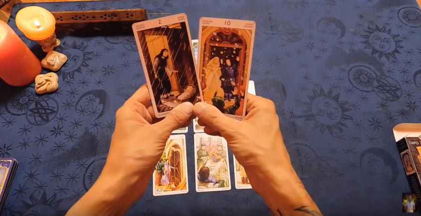 Гадание онлайн - опытные экстрасенсы, гадалки, астрологи в видеочате