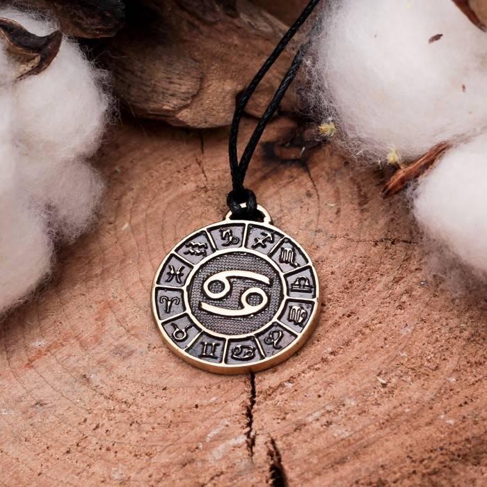 Как выбрать свой талисман «на удачу» по знаку зодиака?