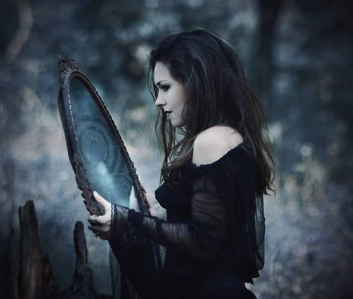"""Текст книги """"Магия зеркал"""""""