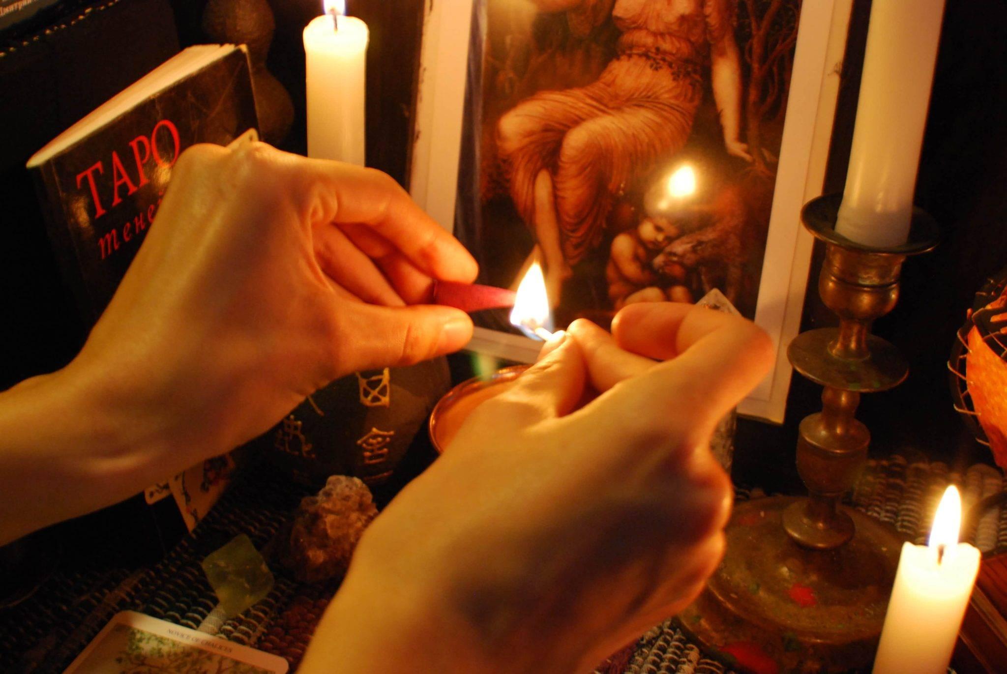Приворот на кровь: последствия, как сделать на мужа, парня, отзывы