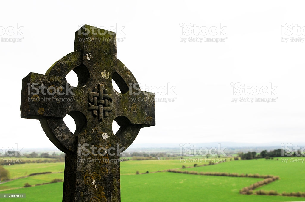 Что означает кельтский крест — сила и мощь в одном символе. кельтский крест спасет от темных сил и дарует мудрость
