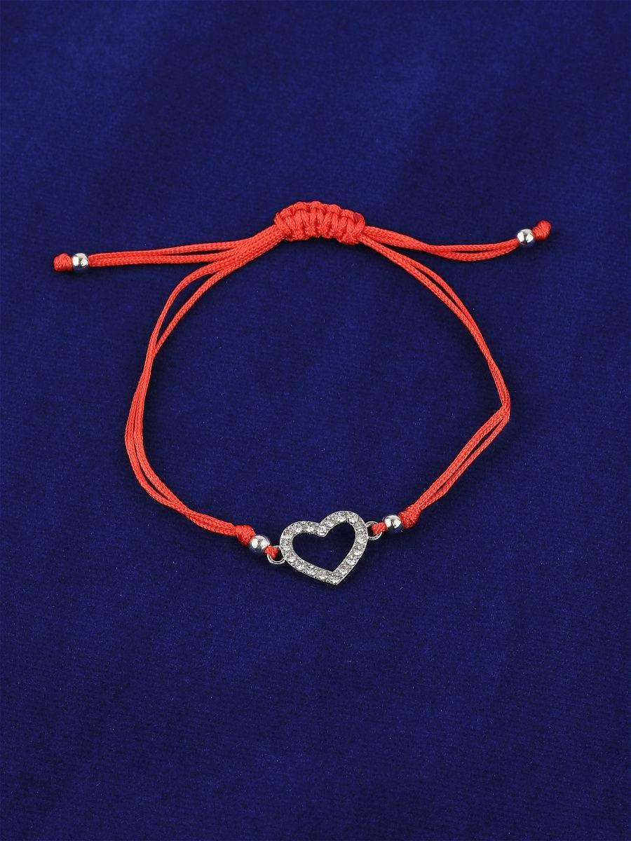 Красная нить на запястье на исполнение желаний. как завязать красную нить на руке?