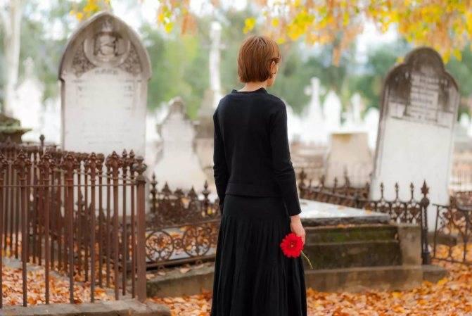 Почему беременным нельзя ходить на похороны и кладбище   pro traur