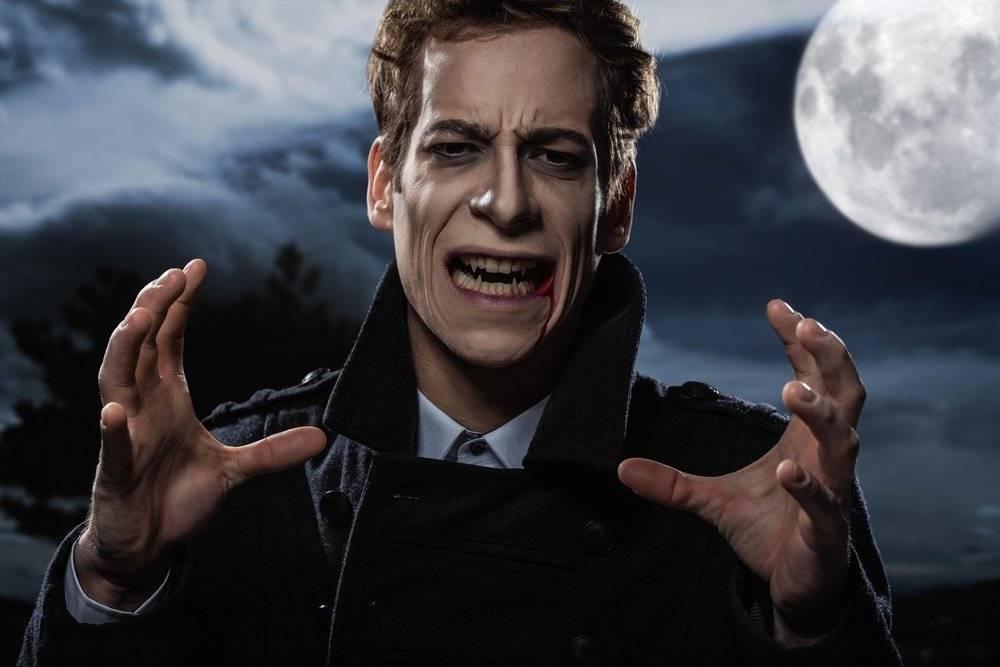 Существуют ли вампиры в реальной жизни и чем опасны оборотни