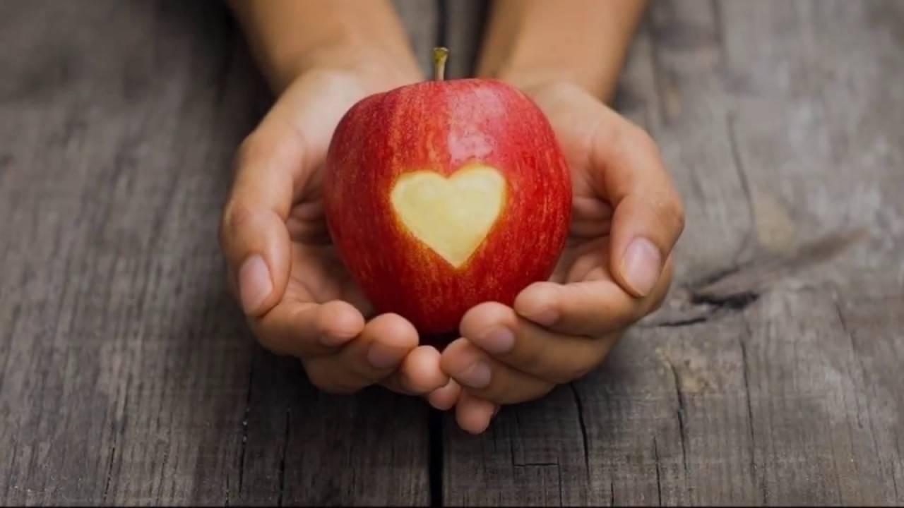 Приворот на яблоке (видео) на сайте приворот мастер