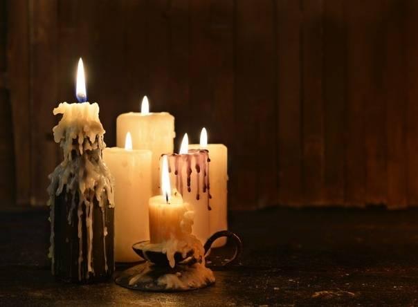 14 самых сильных приворотов на церковных свечах: важные правила проведения