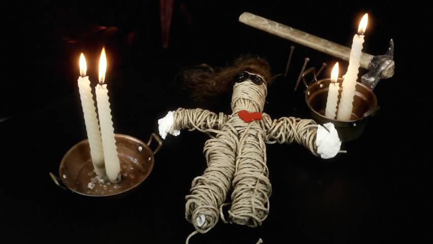 Как сделать куклу вуду на человека приворот и месть на кровь