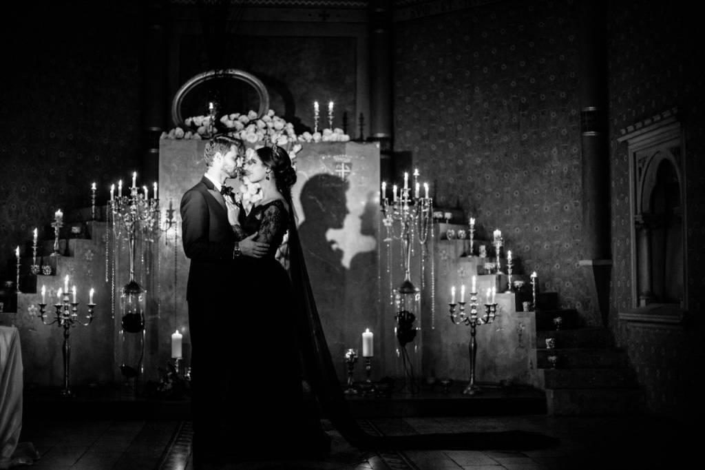 Приворот черное венчание: кто может сделать