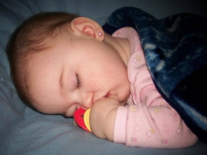 Сонник маленький ребенок девочка. к чему снится маленький ребенок девочка видеть во сне - сонник дома солнца