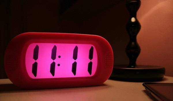 Одинаковые цифры на часах и их значение