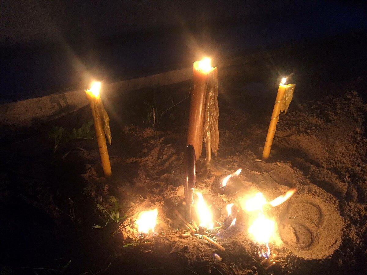 Снятие порчи на кладбище — как вернуть всё зло