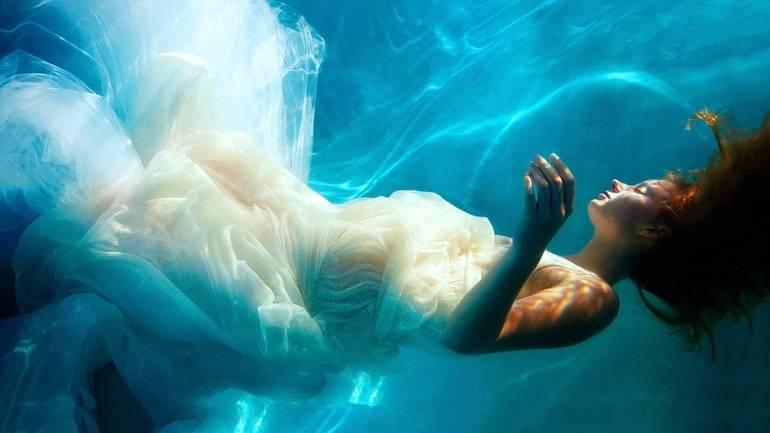 К чему снится озеро сонник влюбленных, что означает сон, в котором приснилось озеро — мир космоса