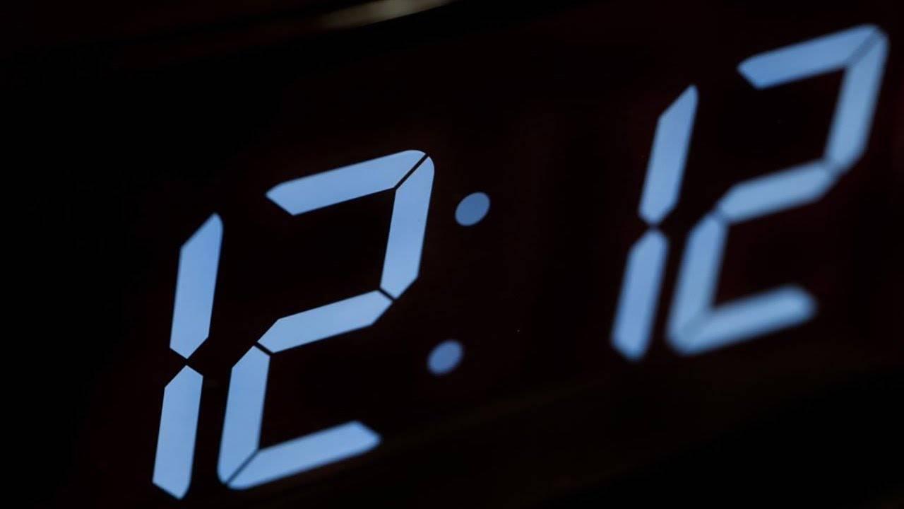 Одинаковые цифры на часах в ангельской нумерологии