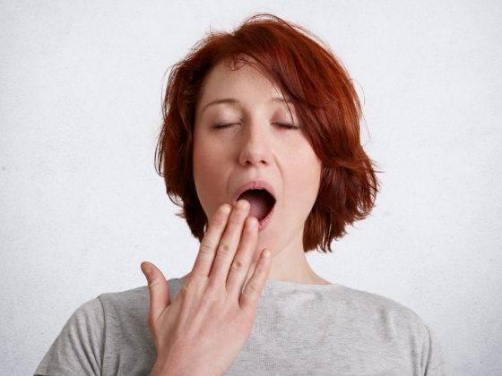 Зевалка пятницы: самая правдивая расшифровка зевания по часам