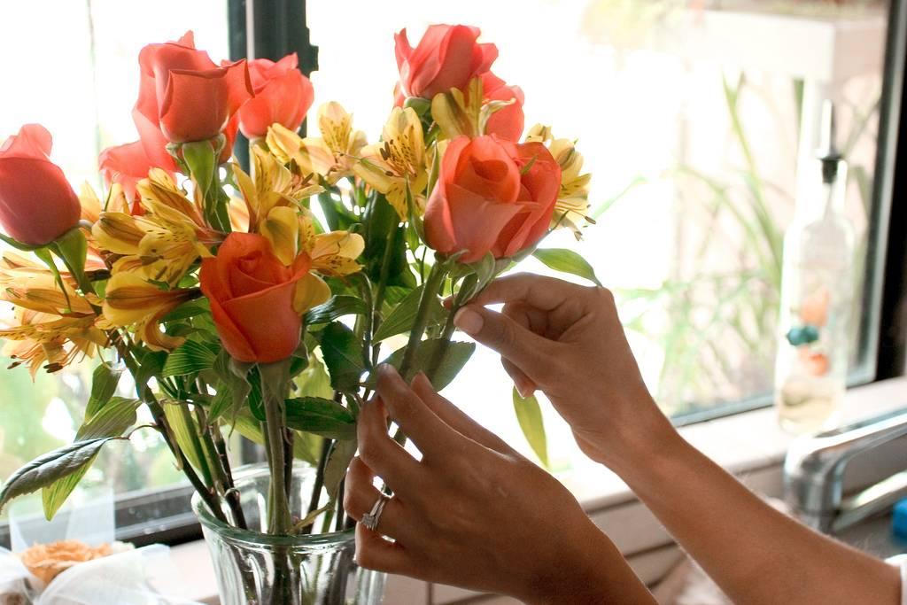 Сколько цветов можно дарить – разбираемся в актуальных вопросах