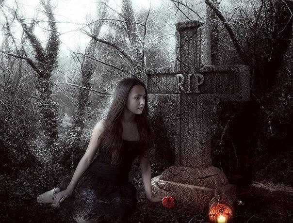 Привороты на кладбище: виды и действенные ритуалы