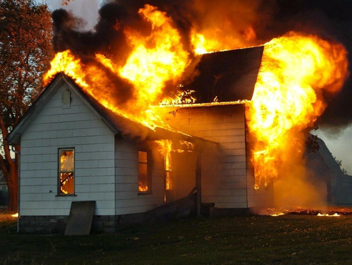 Сонник сгоревший дом снится целым. к чему снится сгоревший дом снится целым видеть во сне - сонник дома солнца