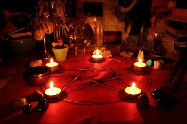 Белый приворот на любовь: 5 характеристик ритуала