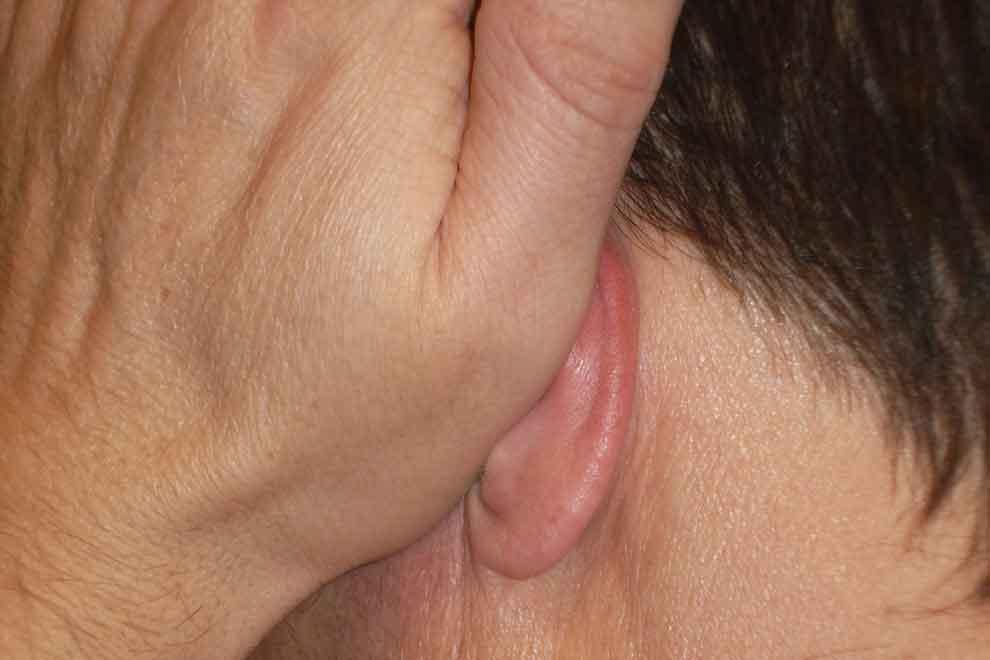 Что произойдет, если горит правое ухо?