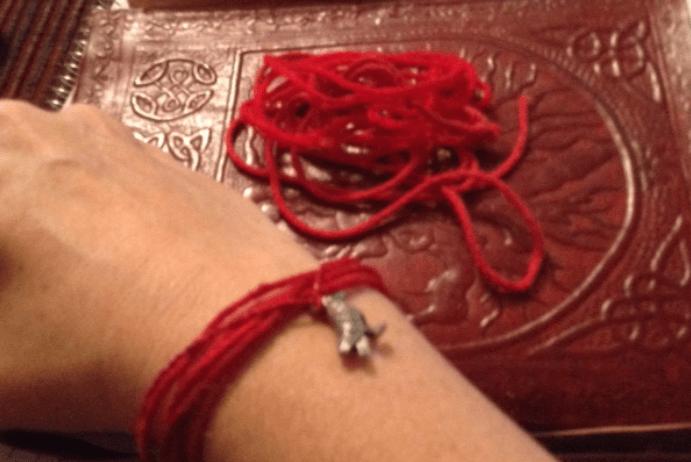 Приворот на нитку: как сделать, последствия