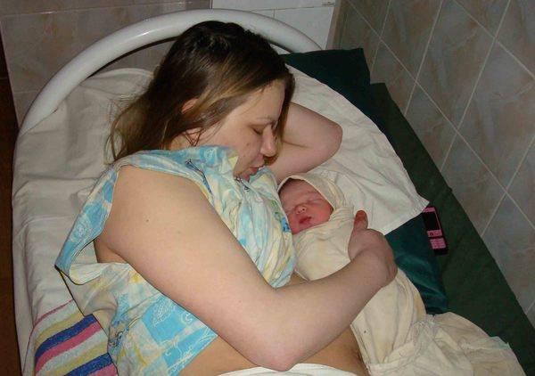 Роды новорожденный
