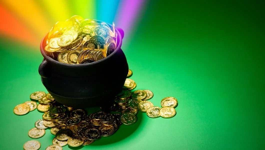Как привлечь деньги в дом с помощью народных примет и магии