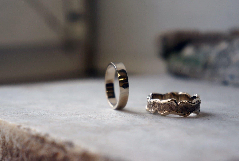 Примета: выпал камень из кольца, к чему потерять бриллиант, что делать