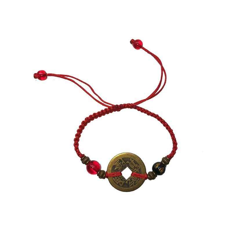Красная нить на запястье: что означает, как завязывать, исполнение желаний