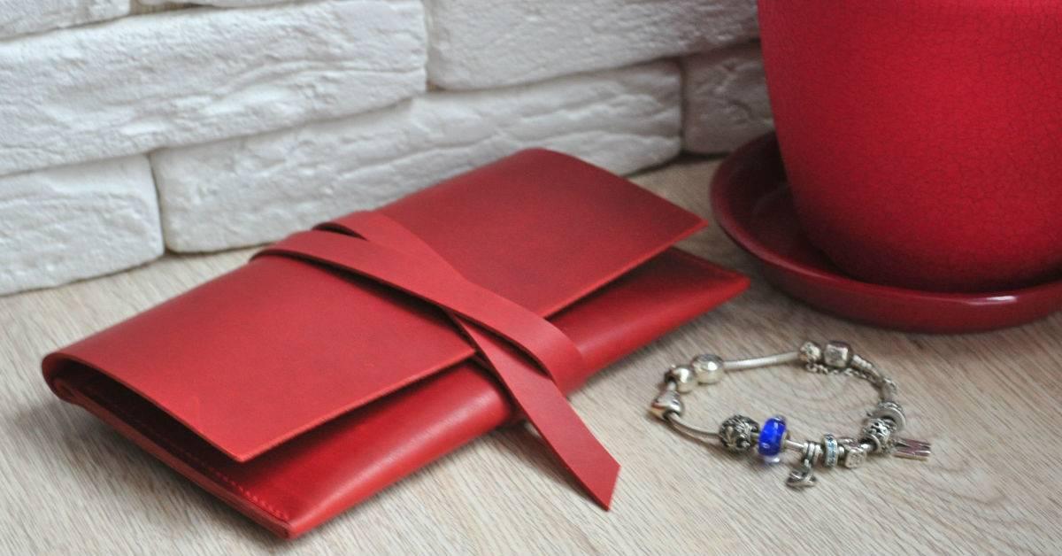Заговор на новый кошелек: как привлечь деньги при помощи бумажника