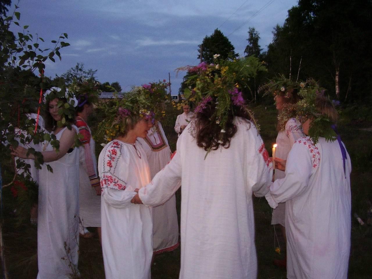 Ивана купала - гадания на праздник на суженого и судьбу