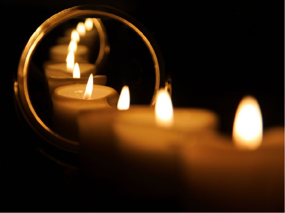 Гадание с зеркалом на суженого — святочные гадания