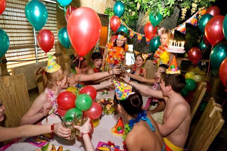 Приметы – что нужно делать в день рождения: ритуалы, заговоры, как загадать желание
