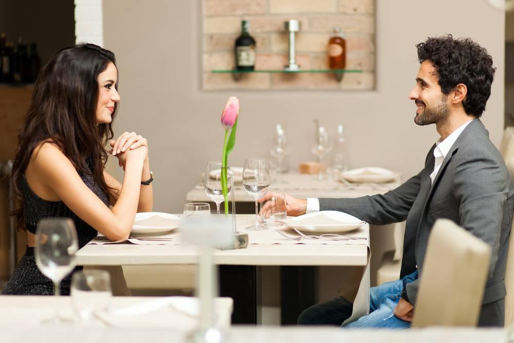 Знакомство в соцсетях и встреча в реале: любовь с первого взгляда. истории знакомств