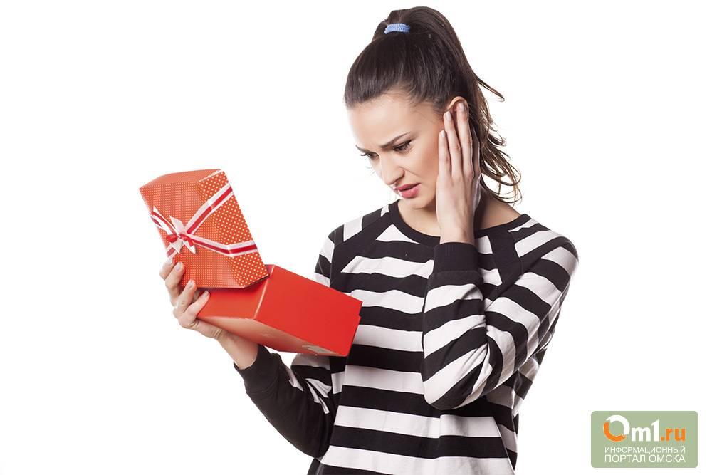 Что нельзя дарить на свадьбу молодоженам по приметам и правилам этикета