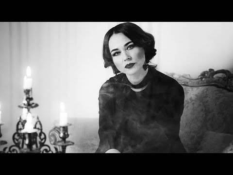 «ну, не выходят ведьмы замуж…»: правдиво-ироническое стихотворение ольги назаренко про одиноких и сильных